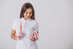 ¿Eres un buen candidato para implantes dentales?